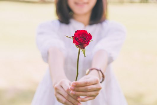 いつ告白する?恋愛成就のベストなタイミングとは!?|最良のパートナー選びのための恋愛術
