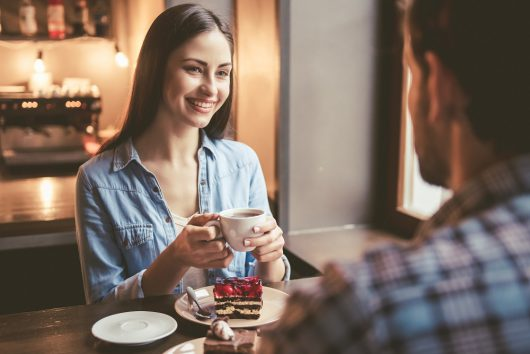 相手を落とす「モテる会話術」|最良のパートナー選びのための恋愛術
